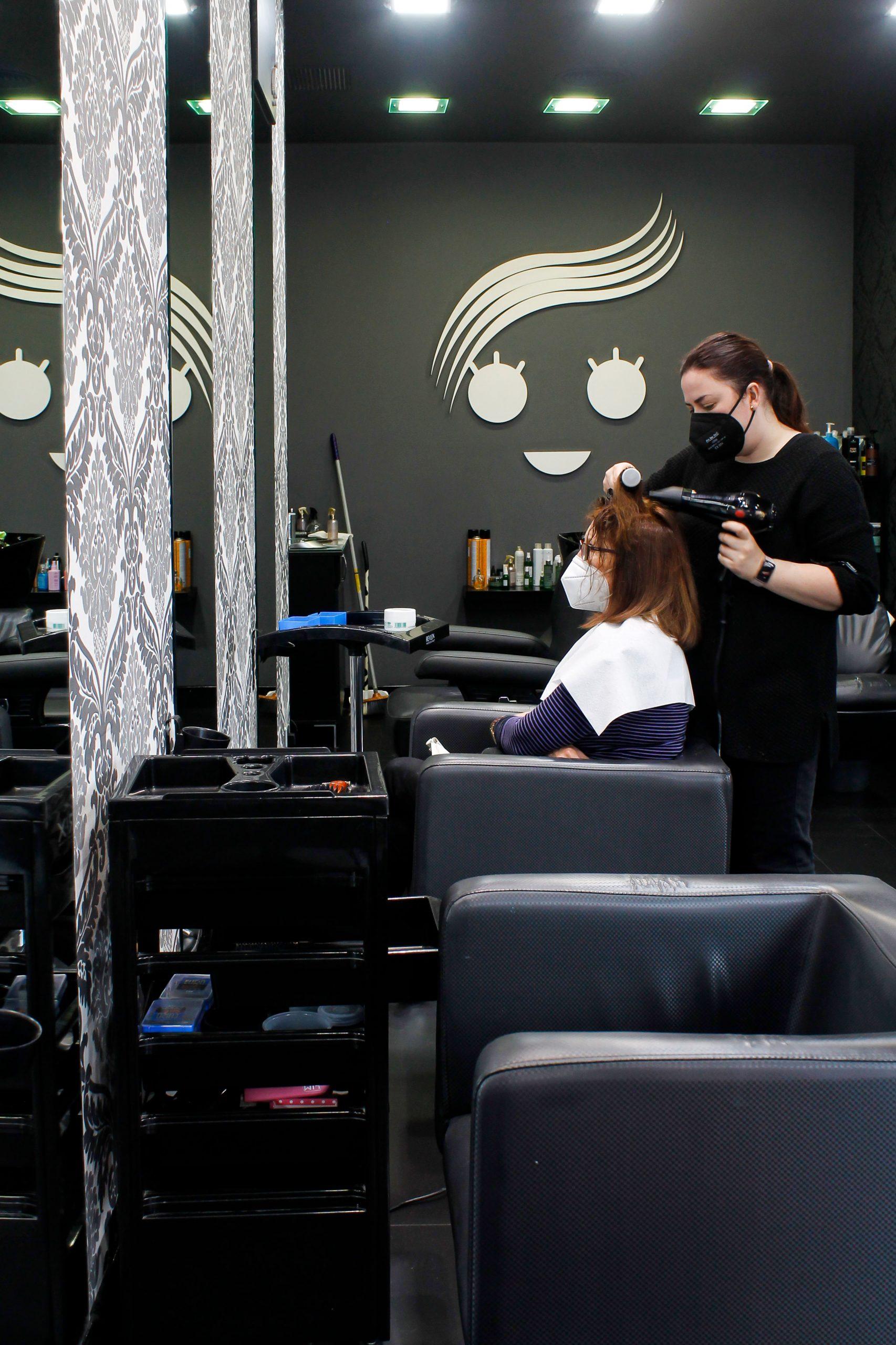 Cuatro pelos peluqueria